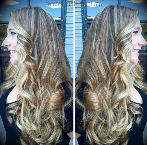brown blonde hair with highlights