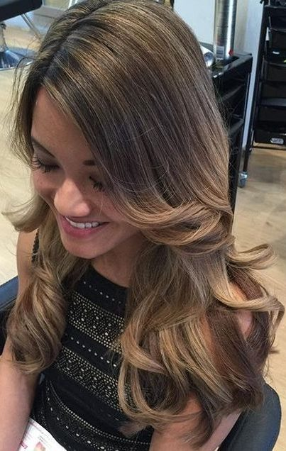 brown hair with golden blonde balayage